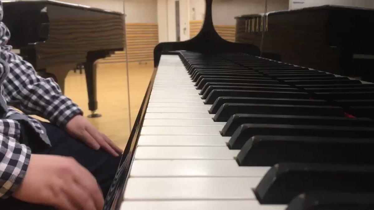 朝からプラネタリアンの「Gentle Jena」を弾いてみました。これ弾くと凄い落ち着く。少しぎこちないですがご了承くだ