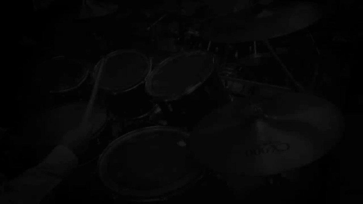 【ドラム】テラフォーマーズOPを超初心者が一発撮りで叩いてみた「AMAZING BREAK」超絶下手ですがぜひ見てやって