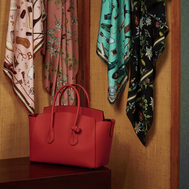 Simply spoil her! Give the gift of Bally this Mother's Day: https://t.co/B01Bh7IbTl https://t.co/y2GhZLX9Po