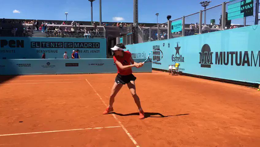 Tenis en Madrid ����❤️❤️ Tennis in Madrid @WTA  @MutuaMadridOpen https://t.co/6RbUNK4EUY