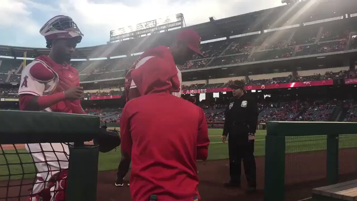 It's time to #PlayBall!  https://t.co/EbenmATAVz https://t.co/sPL3n5AeK3