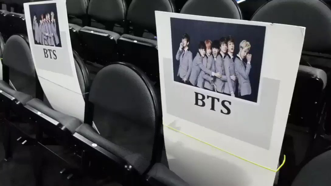 Found where @BTS_twt is sitting on Sunday! #BBMAs https://t.co/oRKj7QBrLa