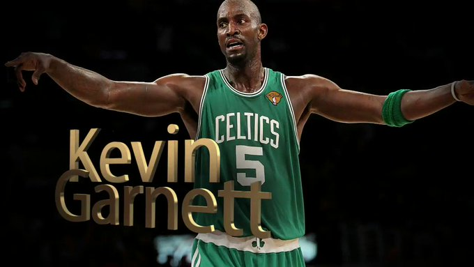 Happy Birthday to the 15 times All-Star and NBA Champ! Share to congratulate Kevin Garnett