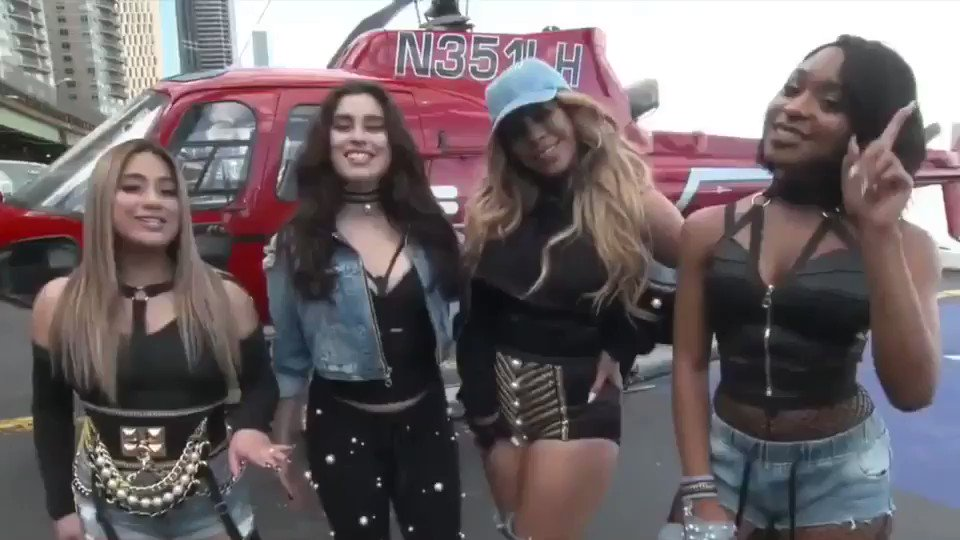 Flying into the weekend like... #5HDown �� @fifthharmony https://t.co/KCB3kYNd5F