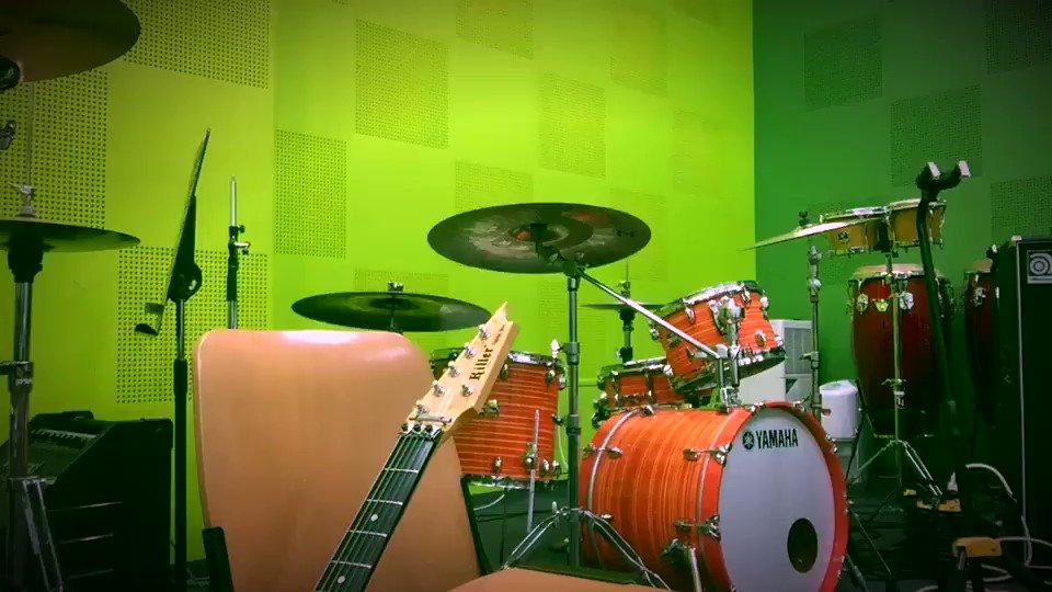 鈴村健一/HIDE-AND-SEEKギター弾きました🎸楽しく弾くのが1番でしょう!!(΄◉◞౪◟◉`)#鈴村健一 #ギタ