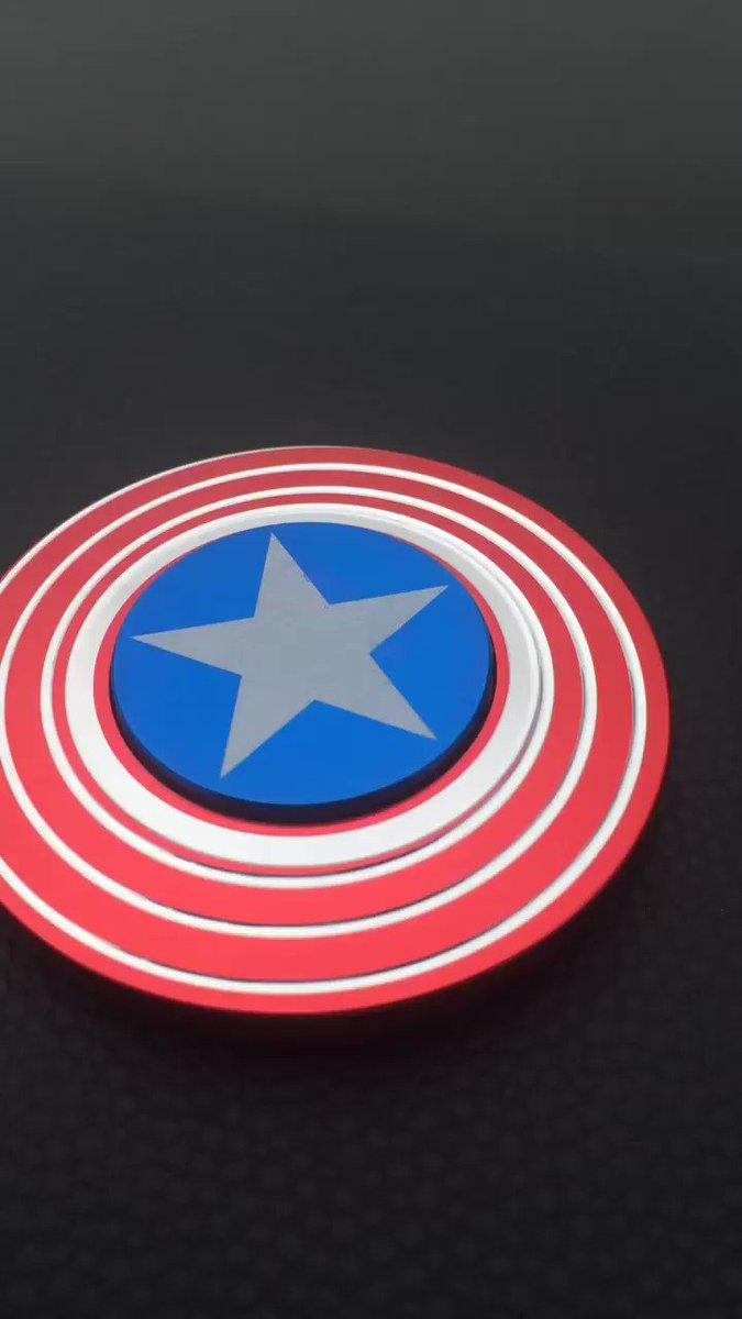 Y q tal este Spinner del escudo del Capitán America!!! Wow!!! Espectacular!!!...