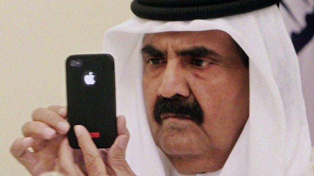 RT @GhadaSabt: يطبقون سياسة  اكذب ثم اكذب حتى يصدقك الناس!   #قطر_مخترقه_بالايفون #قطع_العـلاقات_مع_قطر https://t.co/BFC4KF4II0