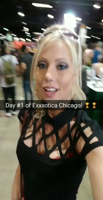 From @EXXXOTICA Day #1!  🎶🌏🎶🌏🎶🌏🎶🌏🎶 https://t.co/4iTo7CmAOC