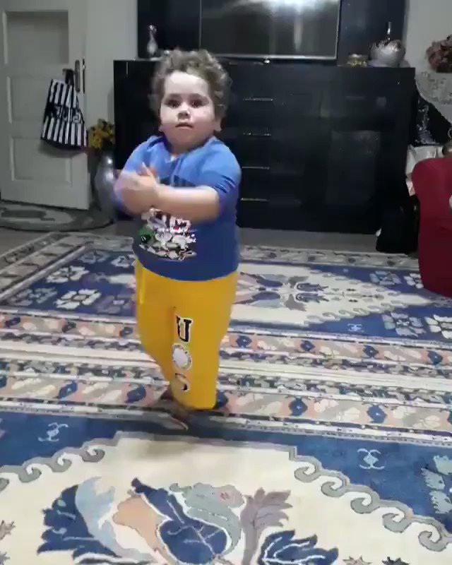 RT @I7sannFt: Eid mubarak everyone  https://t.co/KNW36HWX8w