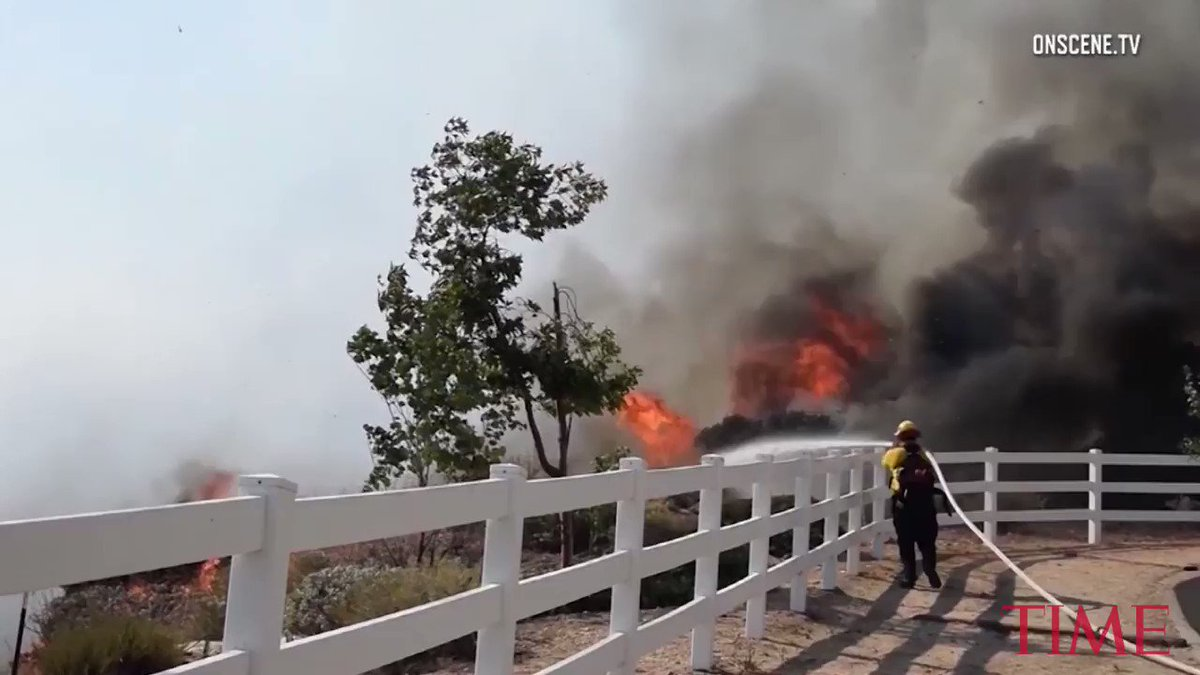 Massive wildfire ravages California coast