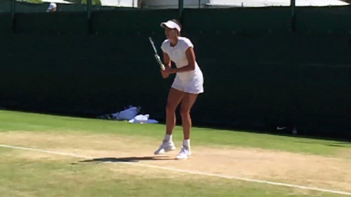 Slow montion! A camara lenta!    ☀️��at @Wimbledon https://t.co/svkx5t5P2r