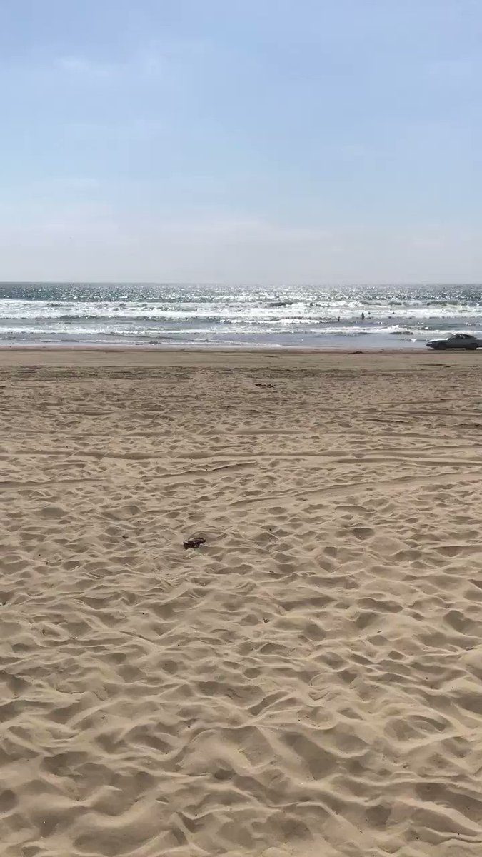 High speed chase along California beach captured on camera