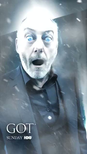 Winter has arrived at the #GoTPremiereLA. @liamcunningham1 uses the #GoT @Snapchat lens on the blue carpet. https://t.co/Wb3XsmeDiY