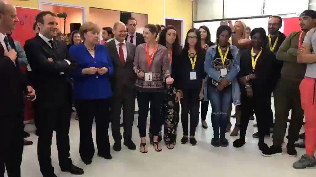 LIVE l À l'@ofaj_dfjw, l'amitié franco-allemande commence chez les jeunes ! https://t.co/EDqBPfOfUG https://t.co/QtS8tgRqrY