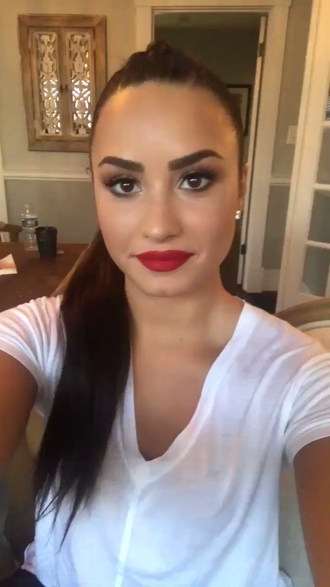 .@demis_straw '#SNSQuestions Any new collab coming soon?������' https://t.co/TOSScSaV8r