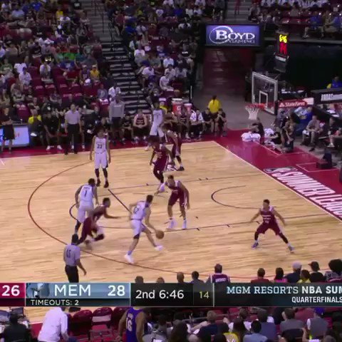Confirmed: Norvel Pelle is a shot blocker. #NBASummer https://t.co/uaTnFjDbpF