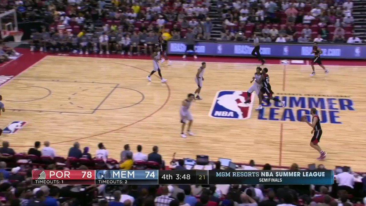 So Dillon Brooks is an athlete...  #NBASummer https://t.co/GeeSYGqeK0