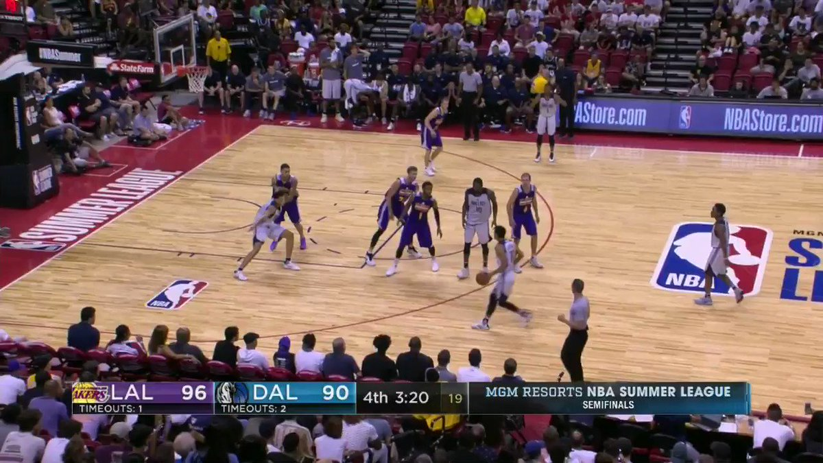 The @dallasmavs have stormed back in the final minutes of the #NBASummer Semifinal! https://t.co/O3lXZLpzbQ
