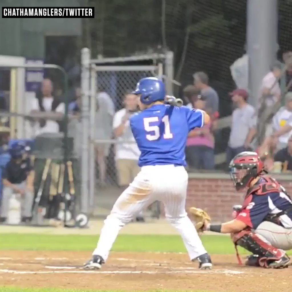 'Atwood at the wall!'   The Cape Cod Baseball League crowd got a show last night �� #SCtop10 https://t.co/84GMpoWDb6