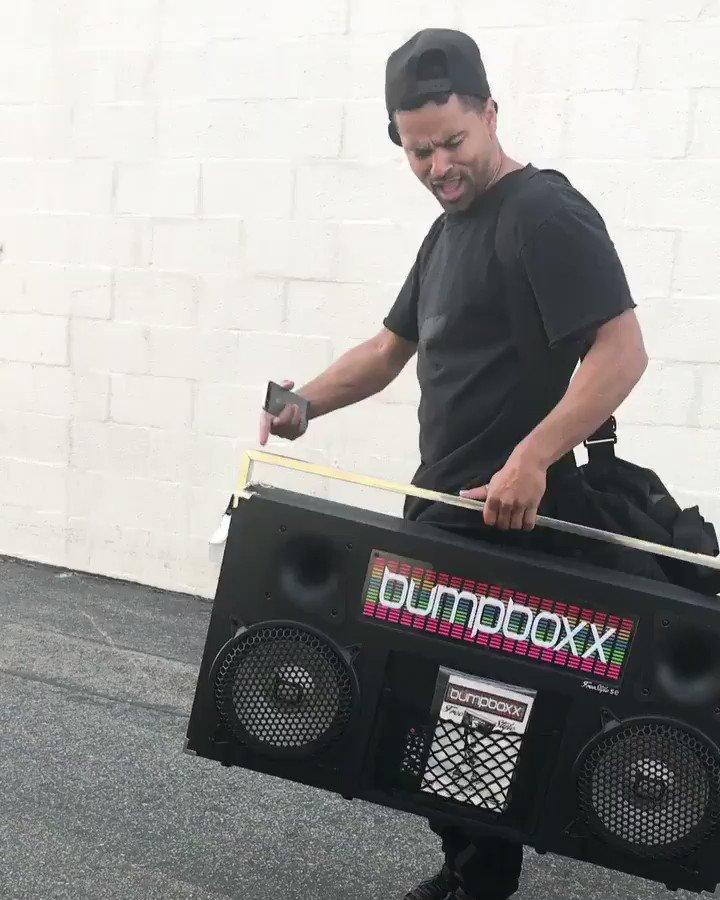 My boy Flipz banging Work it on his Boooooom Box!!!!! Ayyyyyeee゚ルプマᄒ゚ルプマᄒ゚ルプマᄒ゚ヤᆬ゚ヤᆬ゚ヤᆬ゚ヤᆬ https://t.co/KfZvv2g6Kf