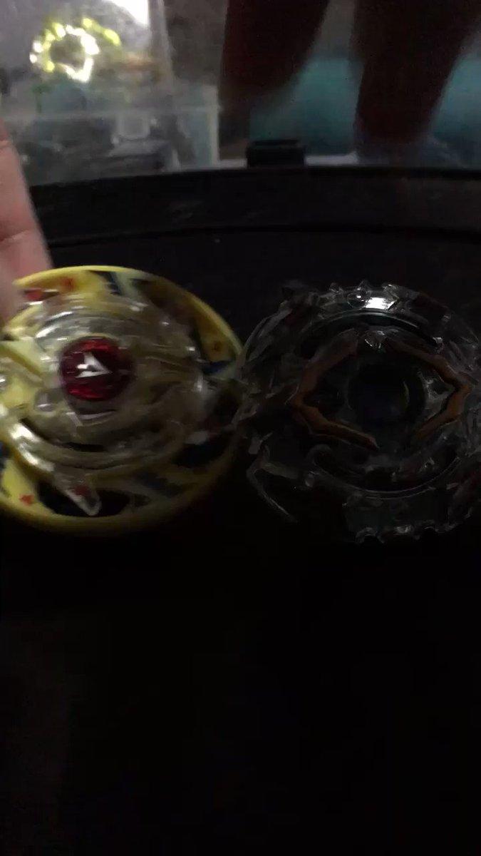 正解を見つけました。ユグドラシル.S.Rbです。薄く円形のスプレッドで限界まで斜め撃ちすることでユグドラシルをガルーダの