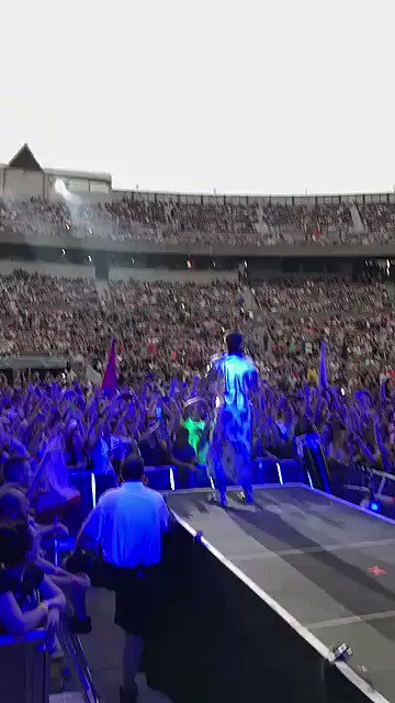 RT @30SECONDSTOMARS: JONES BEACH, NY. https://t.co/AVRoF1y4Ov
