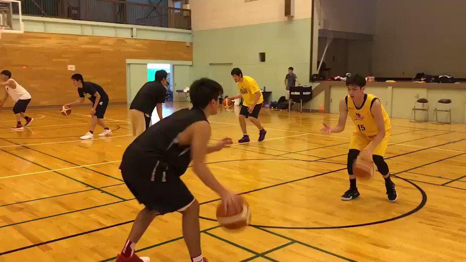 #サンダーズチーム練習 は引き続きハンドリング強化⛹️💨ピンポン球を使ってます‼️強化したいそこのボーラーのみなさん、是