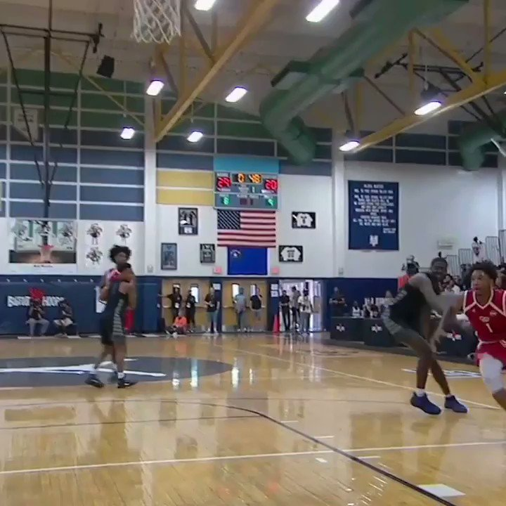 CP3 went wild for this UNC commit's throwdown. #SCtop10