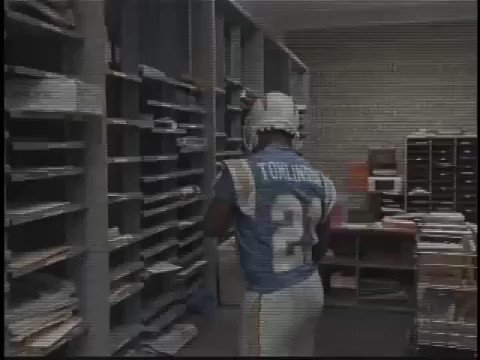 LaDainian Tomlinson has come a long way from the mailroom.   Welcome to Canton, LT. #ThisIsSportsCenter https://t.co/kR84ncfSDw