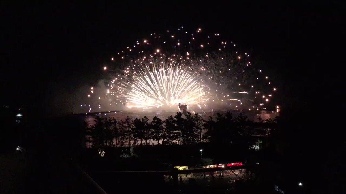 水中花火はやっぱり #グラスリップ の三国花火♪