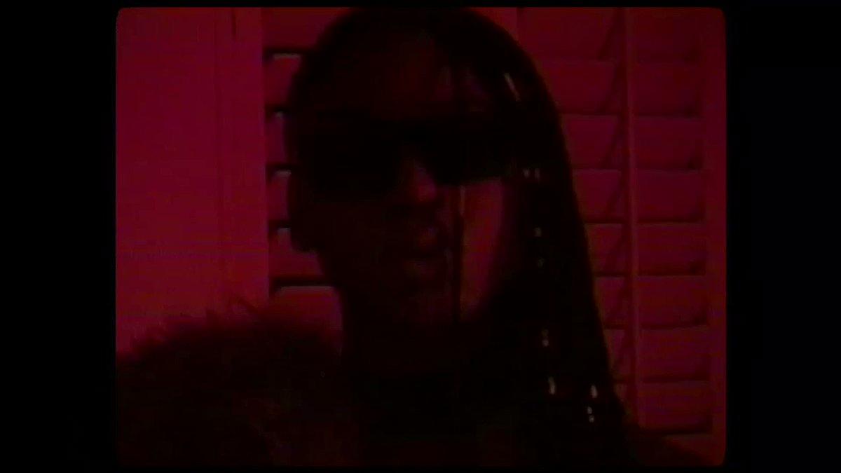 @fifthharmony Angel music video out now! #5HAngel https://t.co/EvkzAHI9On https://t.co/JuFnqaQr4g