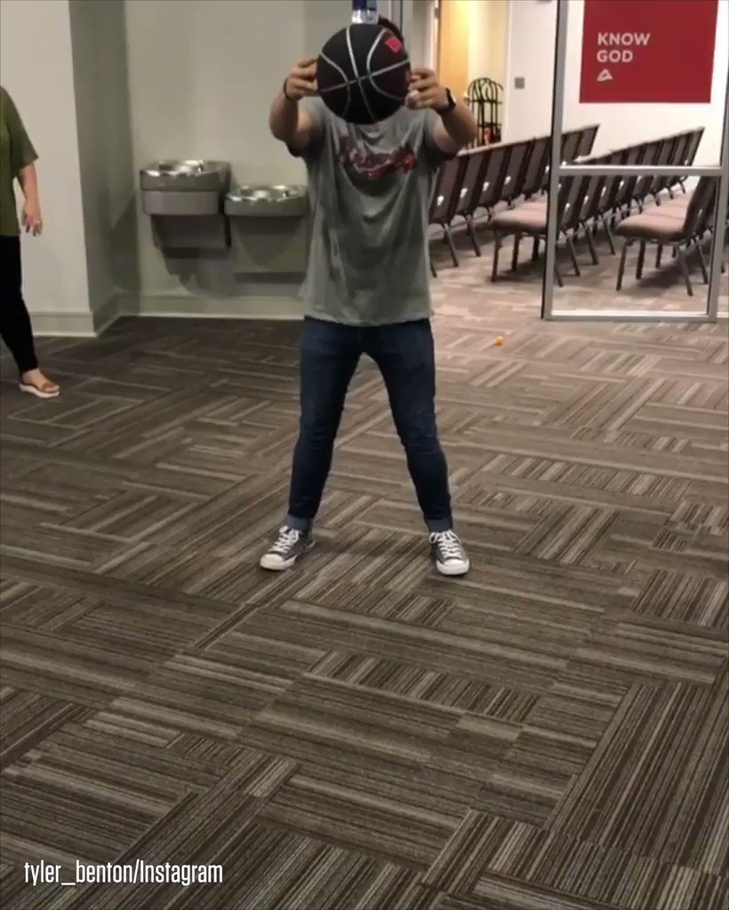 The bottle flip challenge just leveled up. #SCtop10 https://t.co/jq9bBXEo2a
