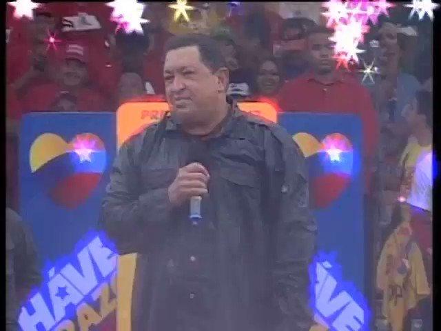 Invicto en nuestros corazones permanecerás Chávez.Esta batalla también la ganaremos en tu honor,de la mano de Maduro https://t.co/frL0RFsBfy