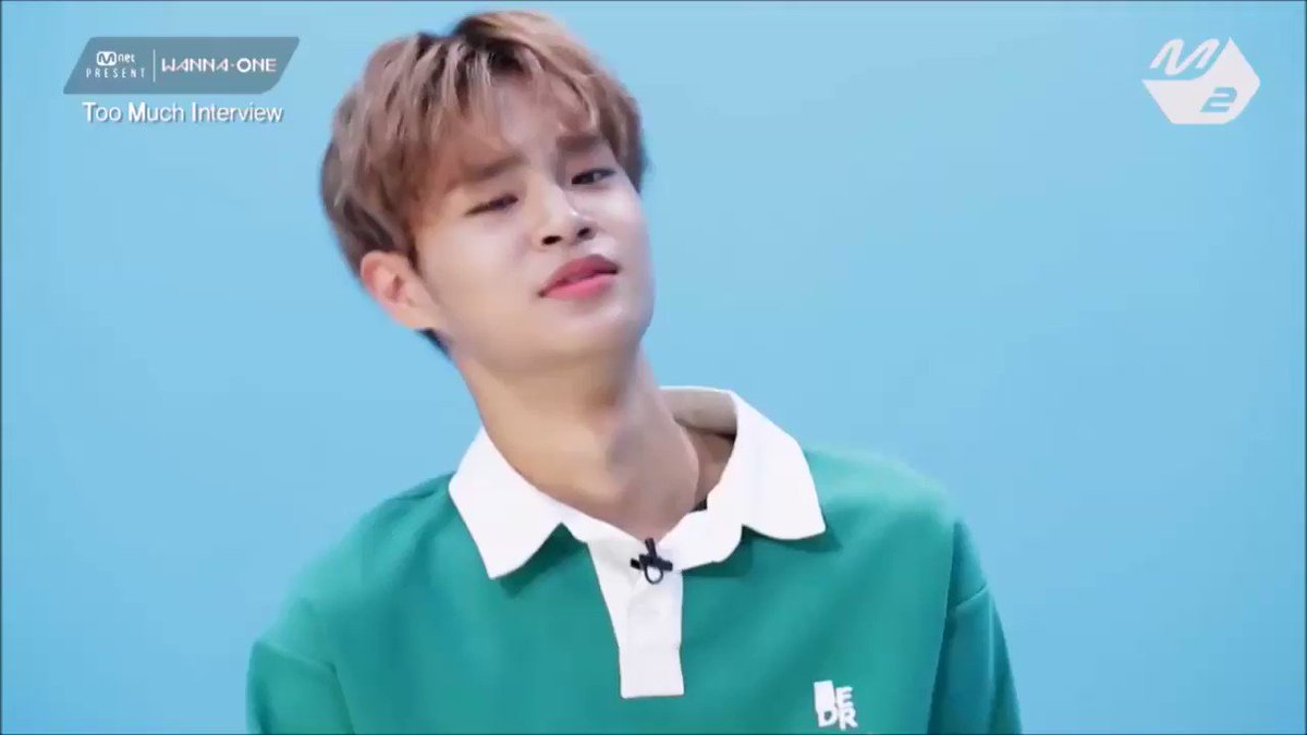 RT @daehwins0129: a must have - david daehwi lee's english thread  #이대휘 #대휘 #워너원 #WannaOne #LeeDaehwi https://t.co/qcjFlbDxRT