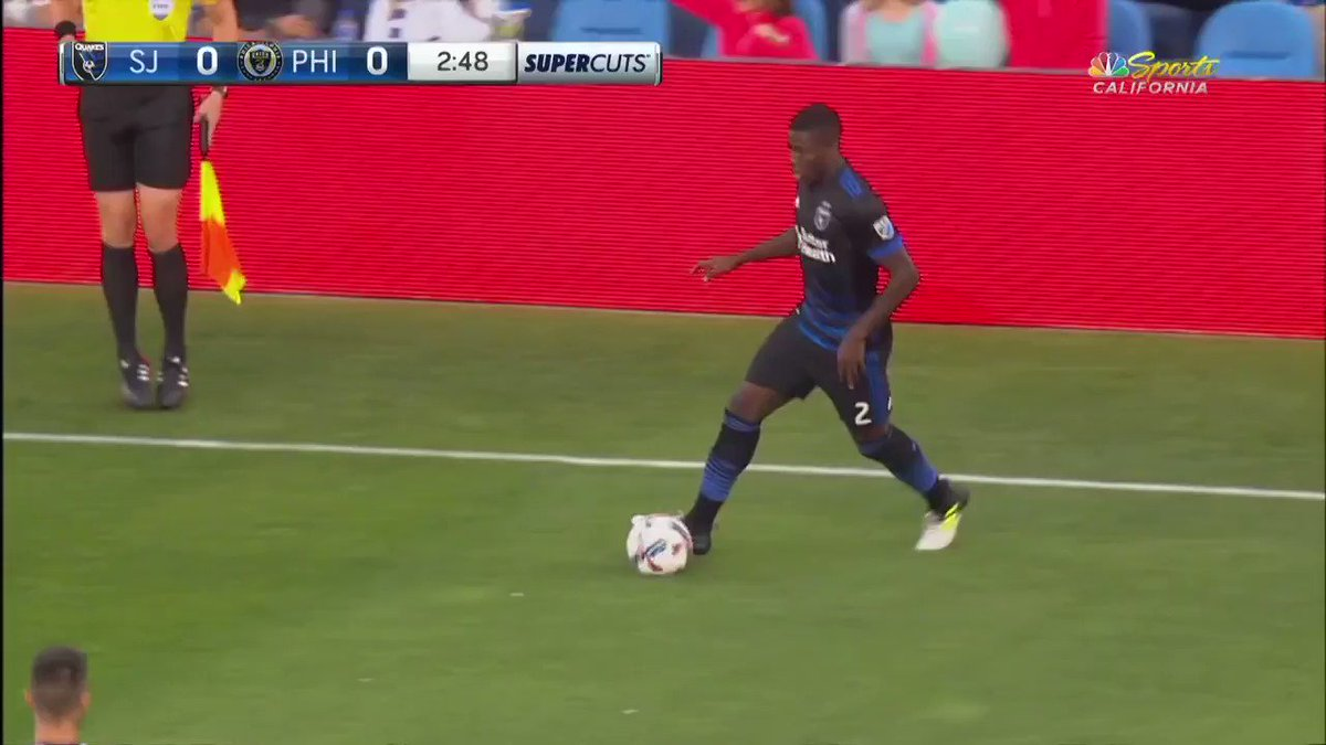 Goal Vako!  Vakoqazaishvili slots home the opener. #SJvPHI https://t.co/pAJhUwo0HO