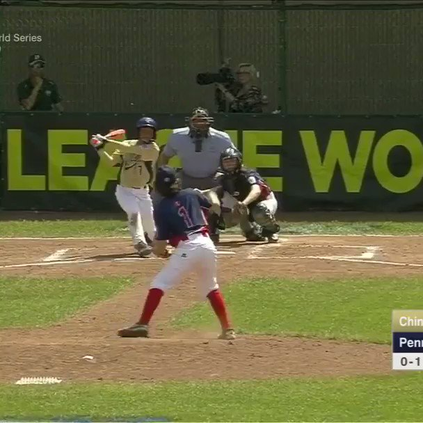 Junior League catch of the year. #SCtop10 https://t.co/ky5iz3aERL