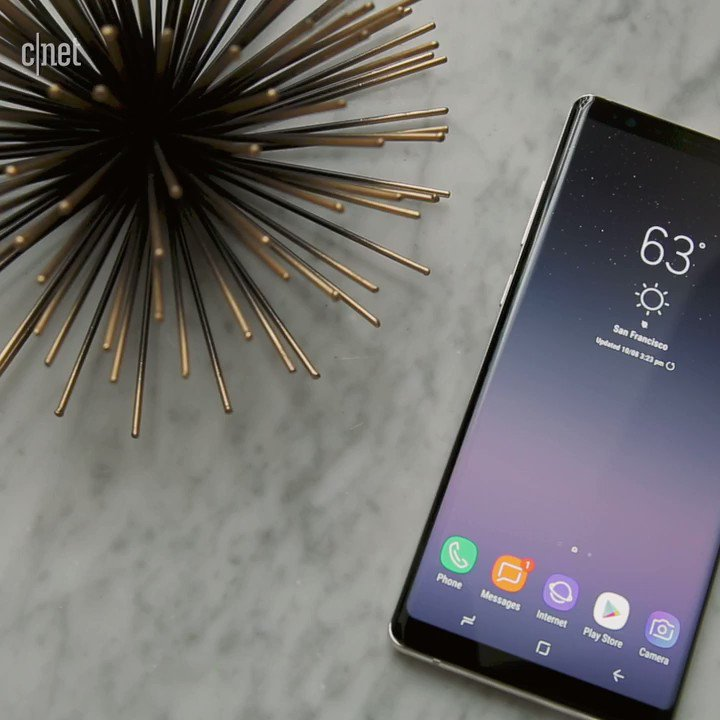 Your first look at the #GalaxyNote8 �� https://t.co/6yXMsJ8ej0 https://t.co/LT0Z5Um87U