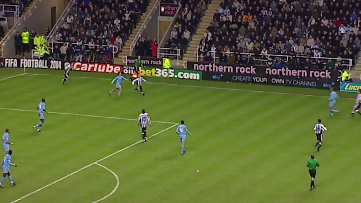 Volleys are rarely struck sweeter...   #GoalOfTheDay @NUFC https://t.co/Xmo1wGBFZC