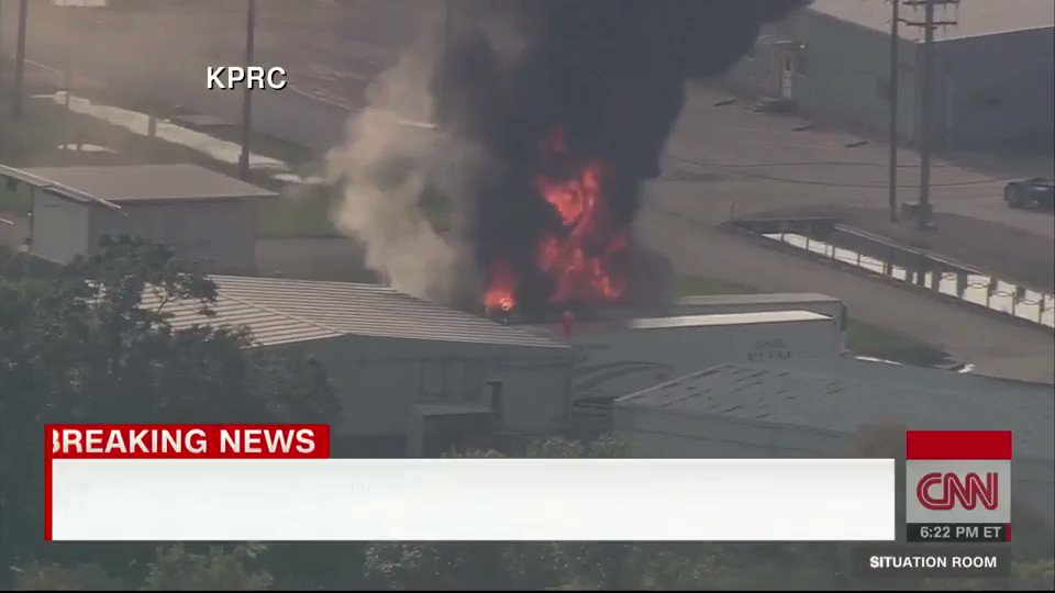 JUST IN: Smoke and fire raging at the Arkema chemical plant in Crosby, Texas https://t.co/2AQSH2eRoy https://t.co/kIOghc59Sp