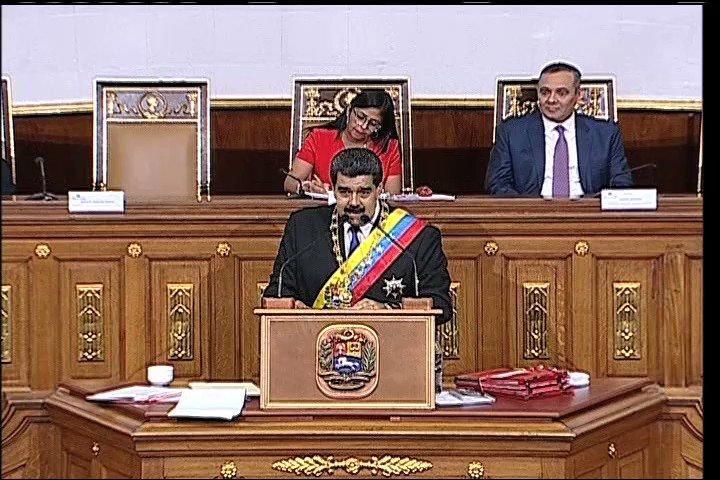 #ANUNCIO, en #VIDEO el Pdte. @NicolasMaduro anuncia acción para erradicar inflación inducida en Venezuela https://t.co/mq671WhenN