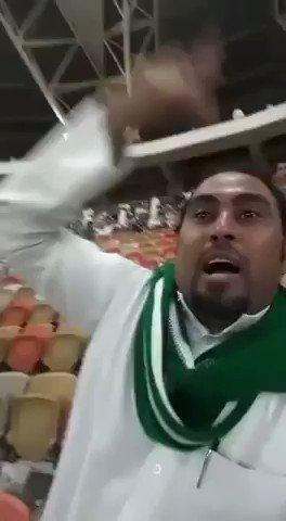 RT @YdauuW: #الاهلي_بيرسبوليس فشلتونا يا طحالب يا صغير جده  الهلال ملكي يستحق اللقب  انت مجرد صغير جده واسمع   https://t.co/GlcMAdWsDS