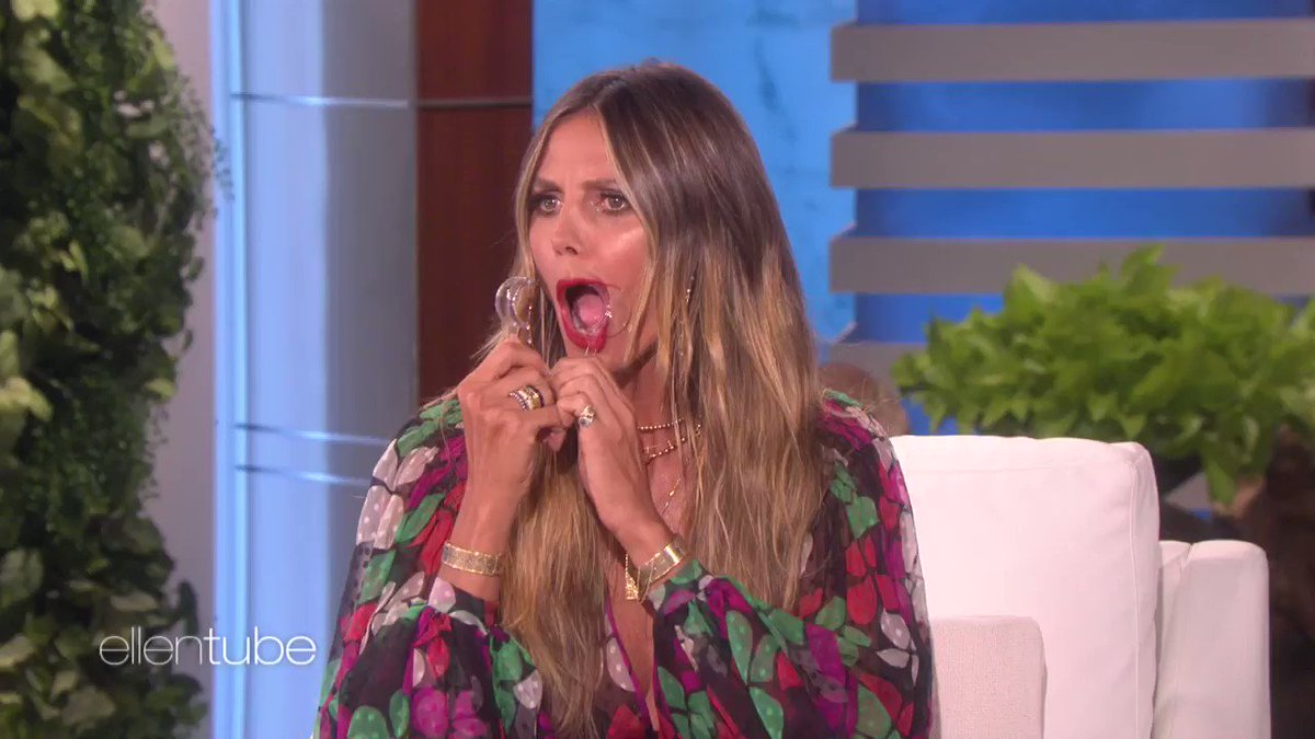 @AGT @heidiklum Nothing says flawless like this video of @HeidiKlum. https://t.co/QbNvQF2aXK