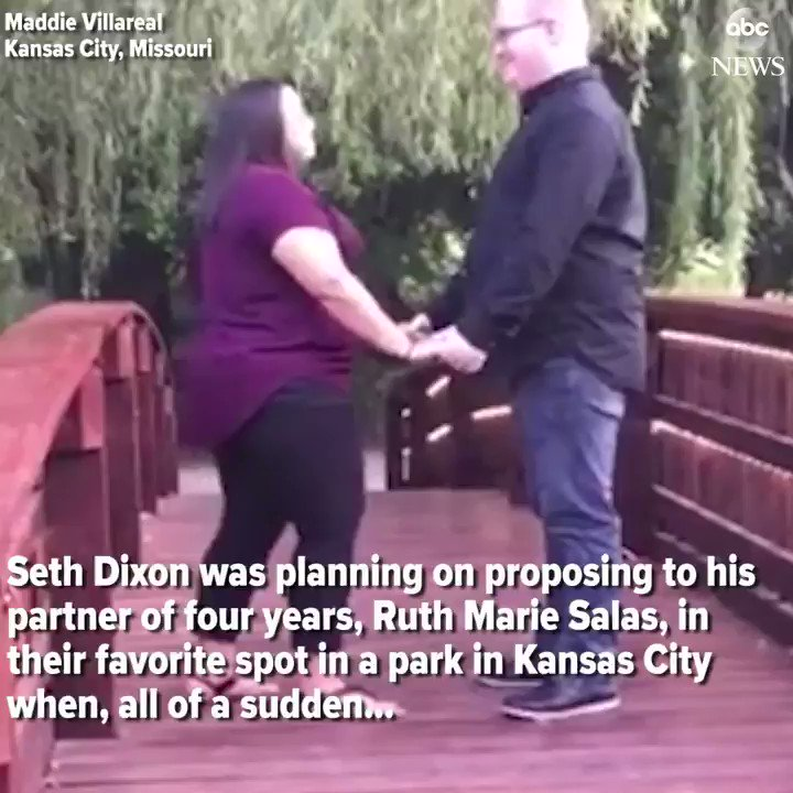 WATCH: �� Missouri man's proposal does NOT go according to plan (they never found the ring!): https://t.co/jGJ0mfxdGD https://t.co/zDTsySqvtK