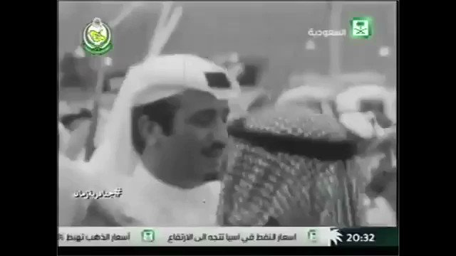 RT @MAlhamaid: الوطن في قلوبنا حبه كذايا 💚🇸🇦 #السعوديه_خط_احمر  #السعودية  #الملك_سلمان   #قسما_بالله_ما_اخونك_ياوطن https://t.co/wpA2lKVgHC