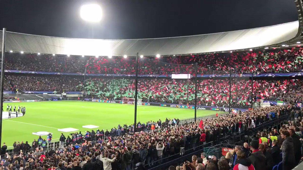 RT @Feyenoord: 🎶 M I J N F E Y E N O O R D 🎶  #feymci #UCL https://t.co/FVcjwOtgDB