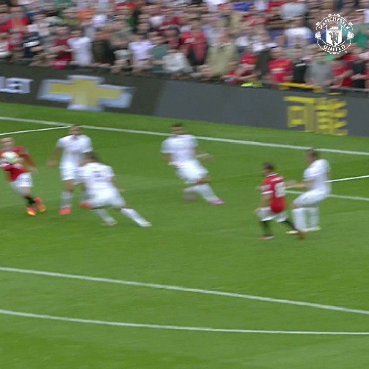 .@AnderHerrera got off the mark with his first #MUFC goal three years ago today! https://t.co/pGzxFRBsGk