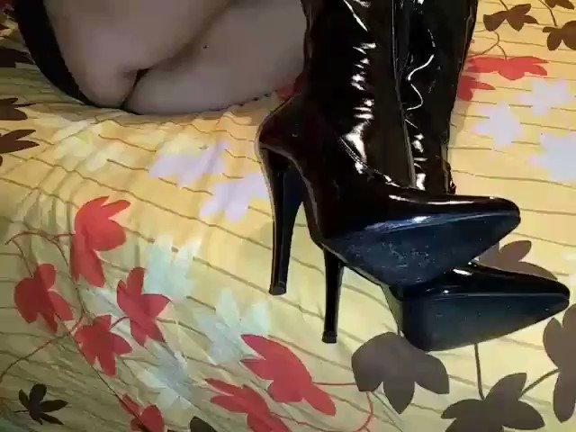 maria...solo un poquito @brunoymaria @brunoymariax Soy yo la del video. https://t.co/yh51iTYXxJ