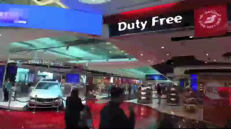 Love the shopping in Tokyo – it's my second favorite place to shop… after @DubaiDutyFree, of course! https://t.co/1MBVYzJXyF