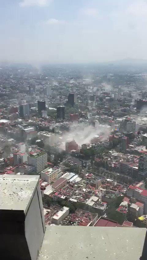 RT @jorge_guajardo: Mexico City after earthquake. https://t.co/qd3VeLslAf