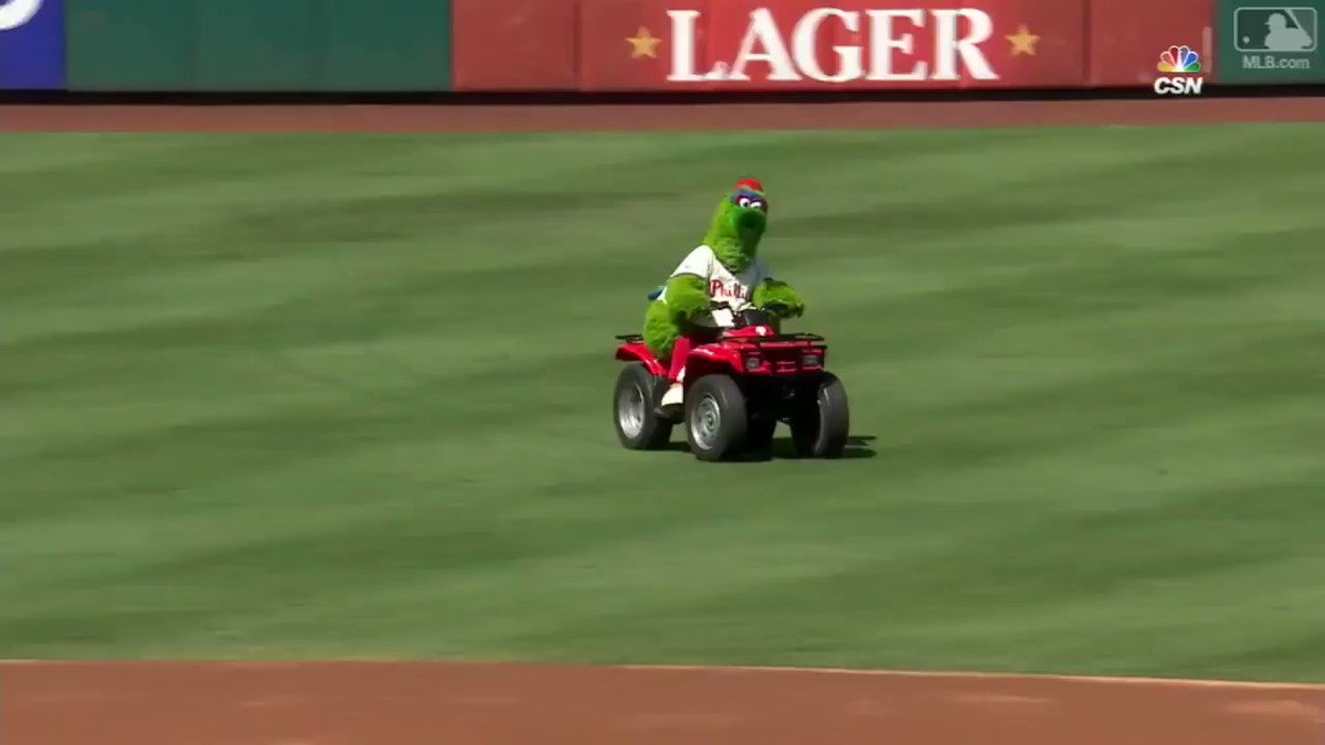 .@Dodgers reporter @alannarizzo's least favorite sentence: 'Phanatic, party of two.' https://t.co/8vkdOBLcFK